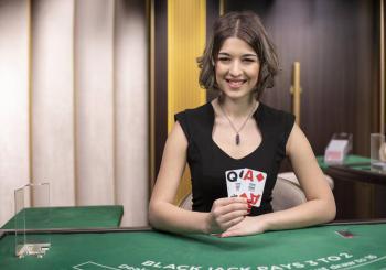 Poker play 338